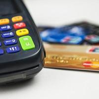 银行人说银行事 篇一:银行卡被盗刷怎么办?银行法律工作者手把手教你挽回损失