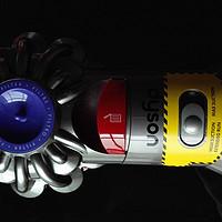 dyson 戴森 V8 Absolute 无线手持吸尘器 高配 英版5吸头评测及简单对比建议