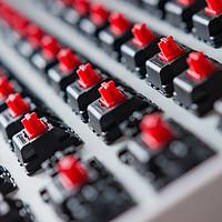 骚红的诱惑:ikbc poker升级版 机械键盘 开箱 附按键编程方案