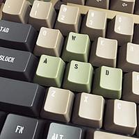 #本站首晒#FILCO 斐尔可「104圣手二代」迷彩色红轴机械键盘