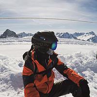 滑雪,一些自己买的装备和感悟 篇二:头盔,雪镜,和中间层