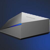 8路LAN支持链路聚合:NETGEAR 美国网件 推出 夜鹰S8000 游戏交换机