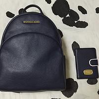 Michael Kors MK女士双肩包和护照夹