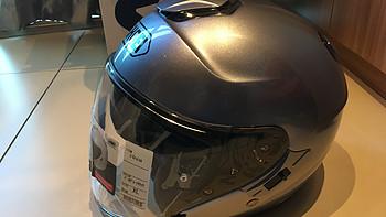 好像是第一个 SHOEI J-Cruise头盔开箱 口袋戏法