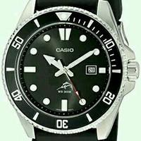 石英动力、计时圈、200m防水、完美夜光——299元卡西欧剑鱼潜水表