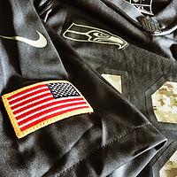 Seattle 12th Man — NFL 迷彩海鹰球衣 & 迷彩橄榄球