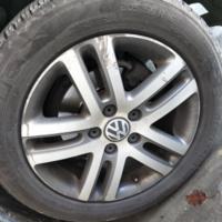 最近很倒霉 — 十年老速腾更换轮胎、电瓶记……