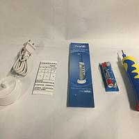 健康牙齿从小抓起--欧乐B D10儿童阶段性充电式电动牙刷 米奇款