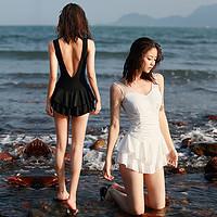 DK连体泳衣女遮肚显瘦2020新款超仙性感裙式泡温泉保守游泳衣