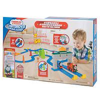 托马斯&朋友Thomas&Friends托马斯和朋友托马斯电动系列之托马斯和勇宝友谊赛跑套装儿童玩具FRL57