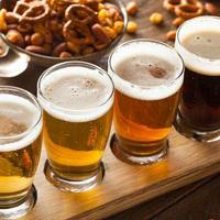听说80%喝啤酒的人都不了解啤酒杯~