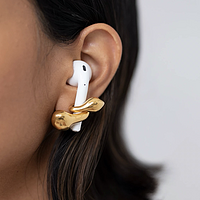 MISHO推出全新耳饰带有Airpods防丢功能,值友们要不要穿个耳洞?