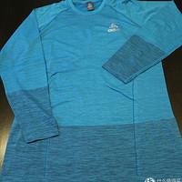 超越平凡,走向精英,完美中层助力冬季训练——ODLO 奥递乐 跑步长袖t恤 体验