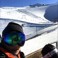 滑雪,一些自己买的装备和感悟 篇一:篇一:迪卡侬&Spyder 高低端滑雪服品牌的对比与雪场实测