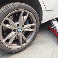 M135i保养DIY记录 篇二:M sport多活塞卡钳更换DIXCEL刹车片
