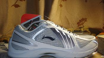 重温当年的感动 — LI-NING 李宁 翔羽 男子运动跑鞋