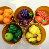 能变着花样玩的才是好玩具 篇一:玩具测评:learning resources仿真水果蔬菜玩具的10+种玩法