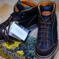 靠谱吗? — 中亚800块的意产砸不烂 Zamberlan 徒步靴
