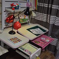 为宝贝开启一场健康成长之旅—为小公主挑选的昊童儿童学习桌椅