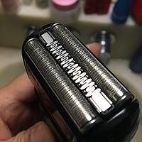 父亲节的礼物:博朗5系四驱电动剃须刀5030s