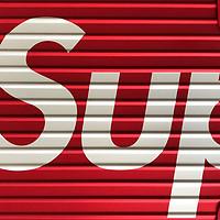 """#本站首晒#可能是我见过的最""""不值""""的旅行箱:Supreme X Rimowa 45L 旅行箱 开箱"""
