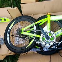 熊孩子的运动配件 篇三:童贝星20寸儿童自行车