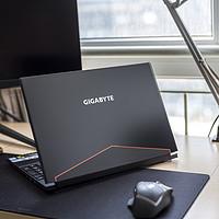 Tiger5G谈数码 篇七十五:这可能是2018年最酷的笔记本电脑之一—GIGABYTE 技嘉 赢刃 Aero15