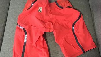 各类泳裤晒单 篇四:speedo 速比涛 lzr race x高端泳裤,真的适合吗?