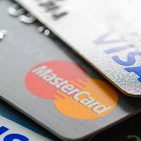 黄昏玩卡 篇一:为什么要拥有自己的信用卡?