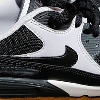 有没有一双鞋让你念念不忘 篇七:Nike Air Max 90 Essential 男子运动鞋