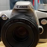 数码暗房 篇一:没有人会拒绝全画幅,所以穷如我选择了佳能EOS KISS单反胶片相机