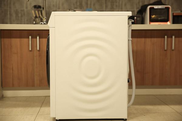 性能中规中矩 价格成最大亮点 米家互联网洗烘一体机体验