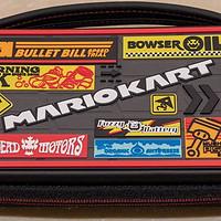 大概是最值得買的官方授權switch收納包—馬車8主題包包