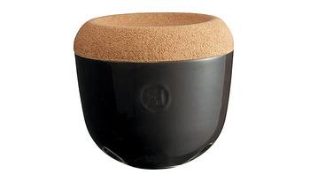 Emile Henry推出新款大蒜储物罐,可实现储存大蒜数周时间