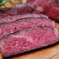 食务的吃货世界 篇十:不依靠天价设备,如何在自家冰箱养一块干式熟成牛排?