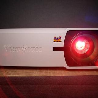 微投用户第一次买传统投影仪 优派 ViewSonic PX725HD