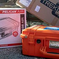 我是器材党!? 篇一:摄影师必备!? PELICAN派力肯(塘鹅) AIR 1535登机器材箱与TrakPak分隔板开箱!!