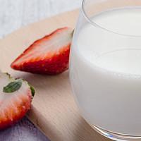 食品测评 篇九:品鉴了16款纯牛奶后,他们为你找到最好喝的那杯奶!