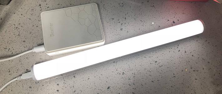 小巧精致 Panasonic 松下 HHTQ0450 便攜式照明燈閱讀燈 4W