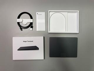 Apple 触摸板,指尖自由滑动