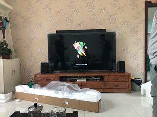 一大遮百丑-红米70寸电视