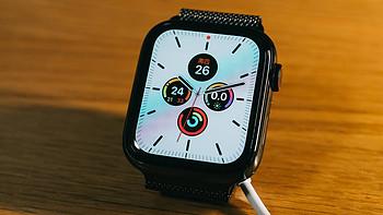 我第二款苹果手表 — Apple Watch 5 黑色不锈钢版+米兰尼斯表带