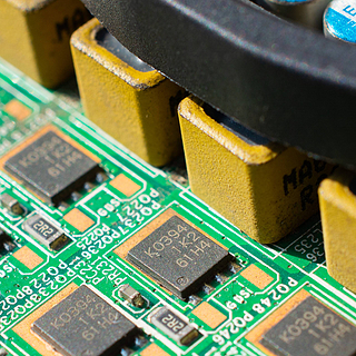 数码折腾 篇二:900元能捡到什么样的电脑?图吧垃圾佬带你魔改配件千元大战主流单机网游