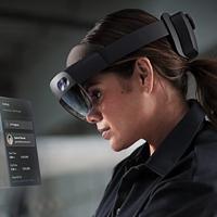 提供三套购置方案:微软 发布 HoloLens 2 混合现实智能眼镜