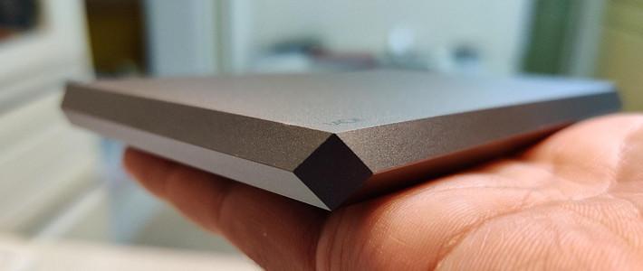 只在Apple商店有售的LaCie Mobile Drive太空灰限定款移动硬盘 开箱评测