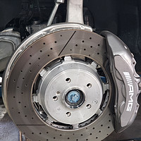 还是自己动手 更换 GLC63 AMG 刹车片