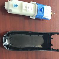 雷瓦RE-750A儿童理发器更换电池小纪
