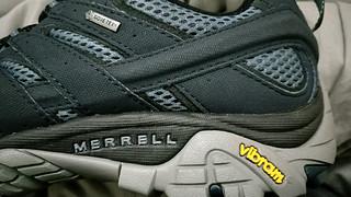 迈乐goretex+v底低帮登山鞋
