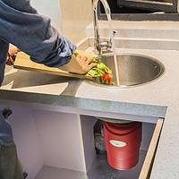 生活锦囊 篇十八:餐厨垃圾有救啦!风靡全国的废弃食物处理器你得这么选!
