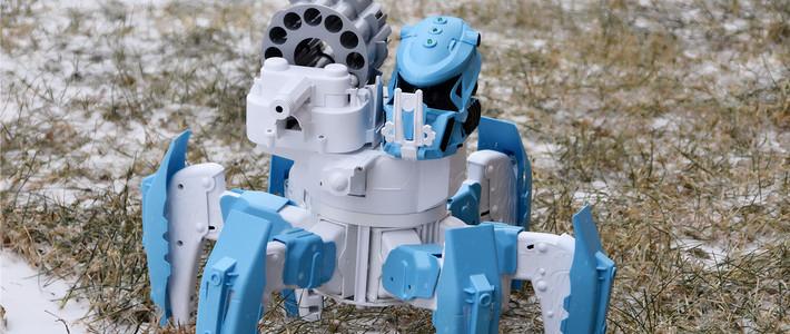 智能那些事儿 篇四十九:小米生态链推出智能机器人,手柄智能遥控,精准瞄准射击